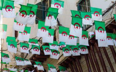 tlo_algeria_twarze